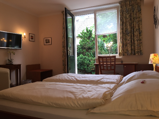 Zimmer 3 - Reichs Hotel in Glücksburg